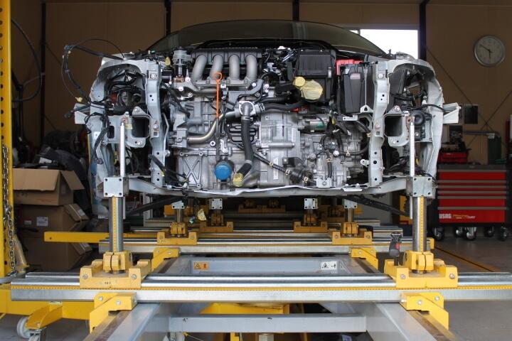 ジグ式フレーム修正機