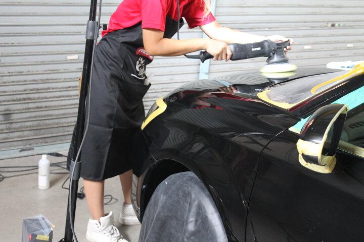 ルペスで磨き 女性スタッフ