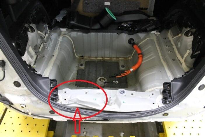 フレーム修正機 クランプ使用例