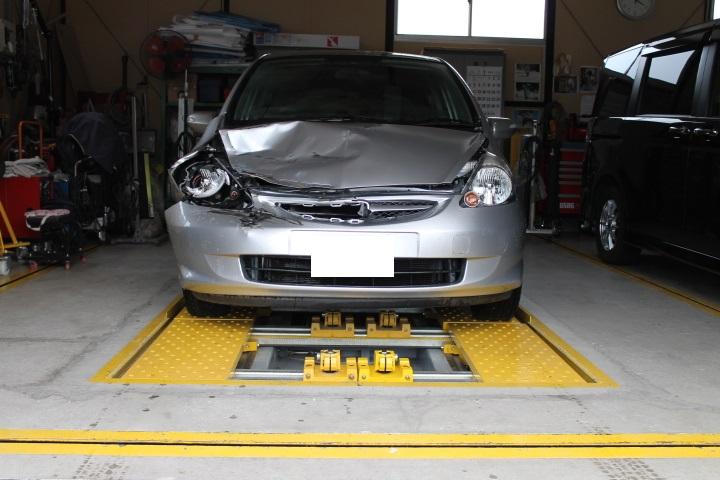 鈑金塗装工場 事故車修理