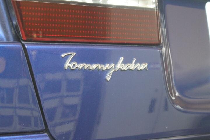 レガシィB4 トランク トミーカイラエンブレム