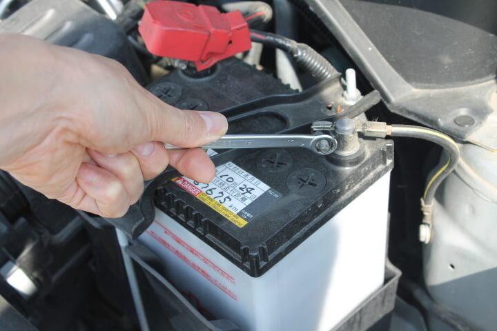 バッテリー交換のバックアップにシーテック充電器