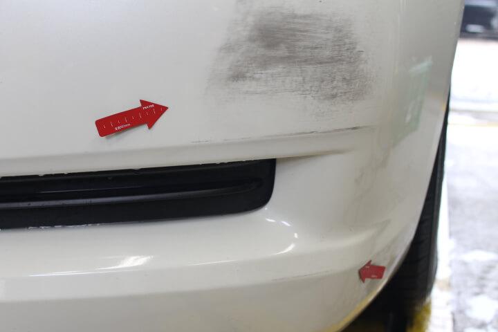 マークXフロントバンパー左キズ修理塗装
