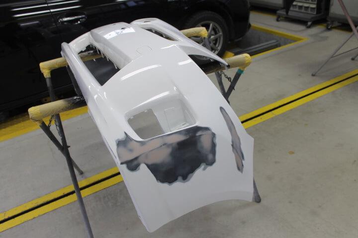 30プリウス フロントバンパー修理