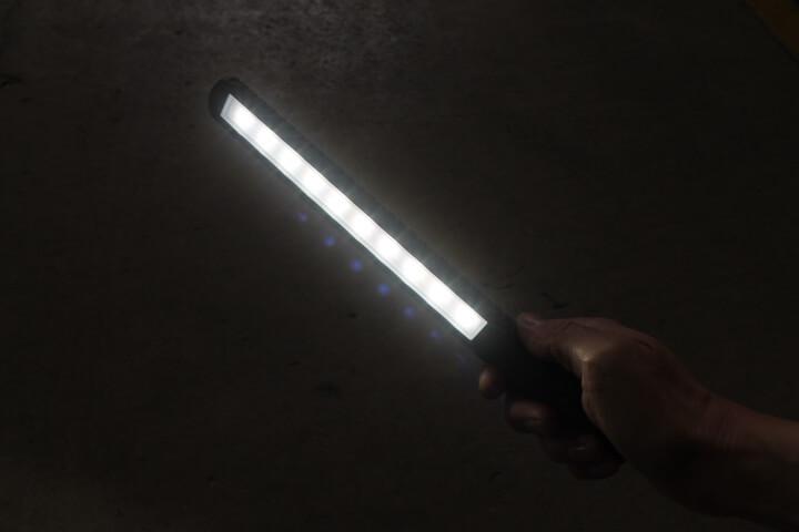 充電式スキニーライトSLB10 明るさ