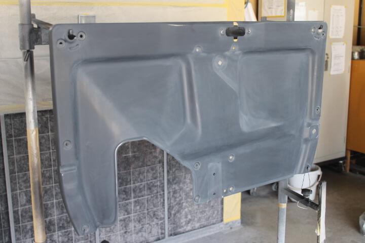 SW20 MR2 エンジンフード裏インナーパネル塗装