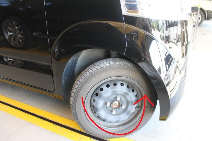 JF1 NBOX フロントバンパー取り外し方 フロントタイヤ回転させると楽