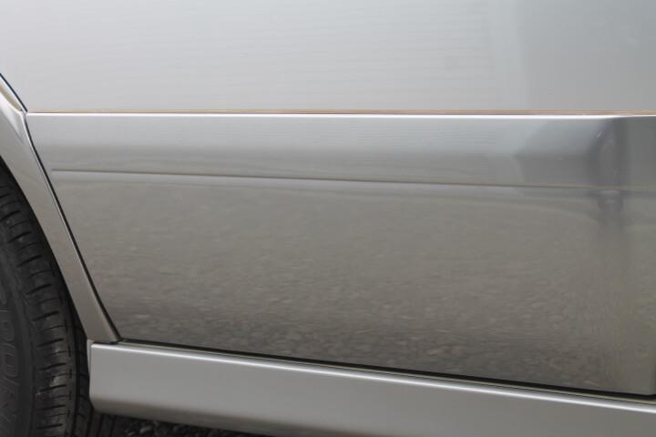SUBARU BH9 レガシィ ランカスター ドアガーニッシュ修理塗装
