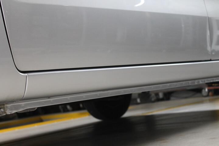 MH23S スズキワゴンR サイドステップ修理塗装完成