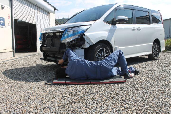 KTC 自動車整備用寝板メカニックマット AYM-1 砂利の上でも痛くならない