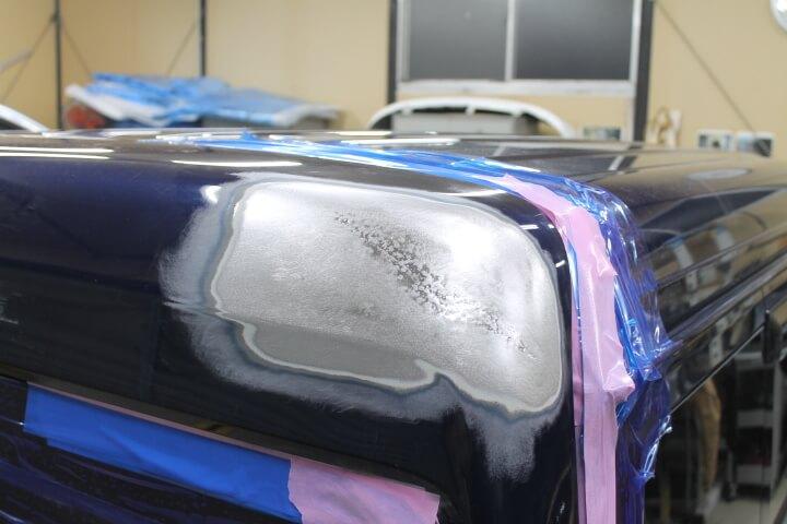 スズキ DA17Vエブリィ ハイルーフ バックドアのへこみ板金修理