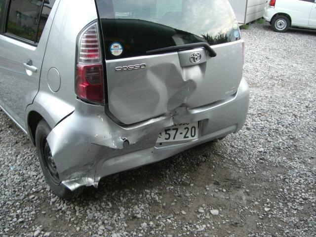 KGC15 パッソ 事故車