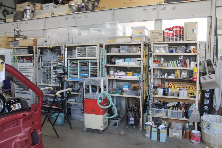 板金塗装ショップエムズラインの整理整頓