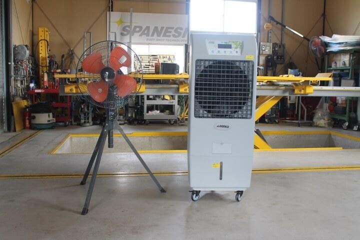左ナカトミ工場扇 右サンコー冷風機