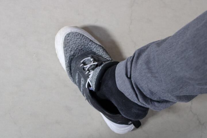 ミズノ安全靴 ゴムタイプを履いています。