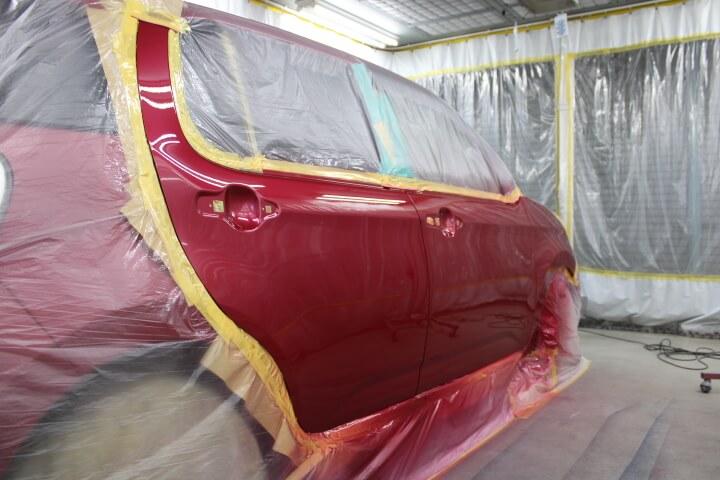 トヨタ M700A パッソ ドア、フェンダーの塗装